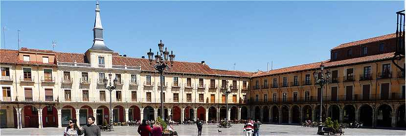 Leon: la Plaza Mayor