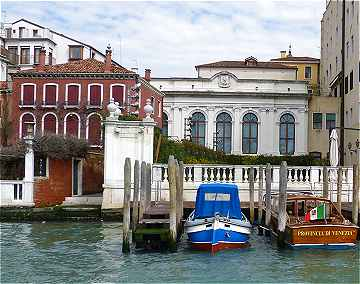 Venise, Grand Canal: Casina delle Rose