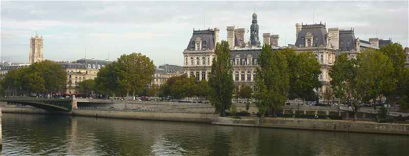 Paris: Hotel de Ville et Tour Saint Jacques la Boucherie