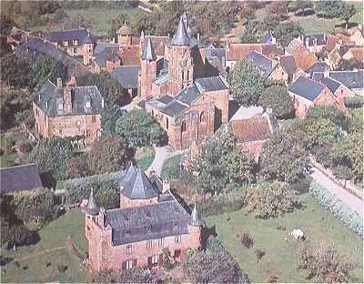 Panorama sur Collonges la Rouge