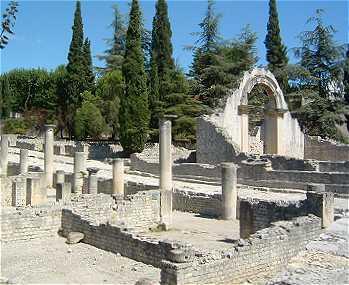 La provence antique - Office du tourisme de vaison la romaine ...