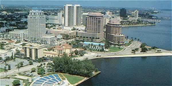 Panorama sur West Palm Beach en Floride, sur la côte Atlantique